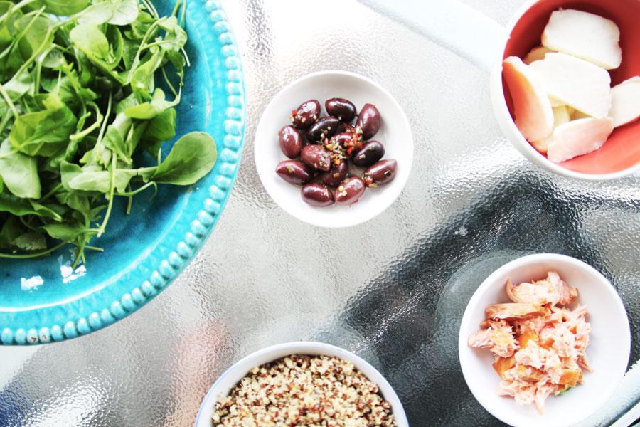 salad-quinoa-halloumi-smoked-salmon
