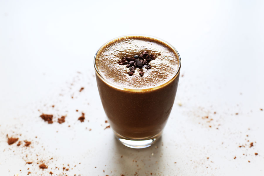 Young-coconut,-jungle-honey-and-cacao-smoothie4